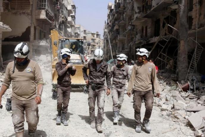 Rusya: Beyaz Miğferler Suriye'de Kimyasal Saldırı Hazırlığı Yapıyor