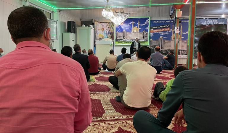 İmam Rıza (as) Zeynebiye'de Anıldı (FOTO)