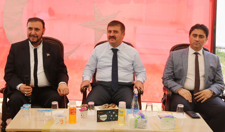 Vali Sarıibrahim, Aliköse Köyü'nde Düzenlenen Yemek Programına Katıldı